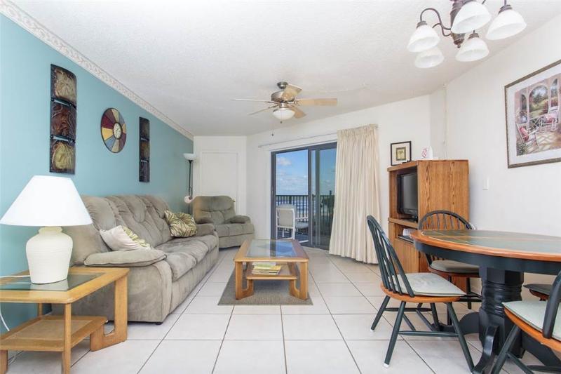 Sunglow Resort 305, 1 Bedroom, Ocean View, Heated Pool, WiFi, Sleeps 4 - Image 1 - Daytona Beach - rentals