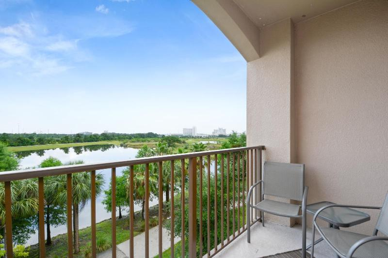view from balcony - Vista Cay-Disney,Universal,SeaWorld,ConvCtr - Orlando - rentals