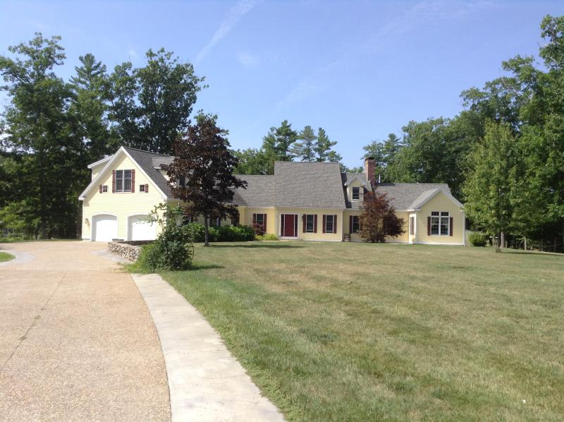4 Bedroom Estate on York River - Image 1 - York - rentals