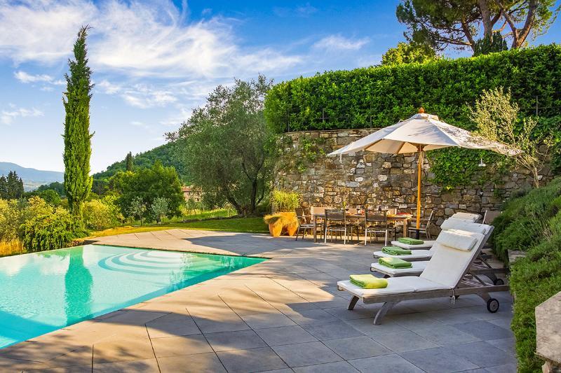 Villa dei Giardini, Sleeps 10 - Image 1 - Fiesole - rentals