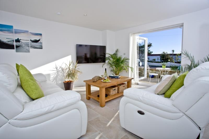 3 Spyrys Heyl located in Newquay, Cornwall - Image 1 - Newquay - rentals
