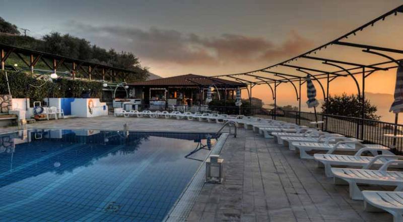 01 Rosso shared pool area - ROSSO - Termini - Massa Lubrense - Sorrento area - Massa Lubrense - rentals