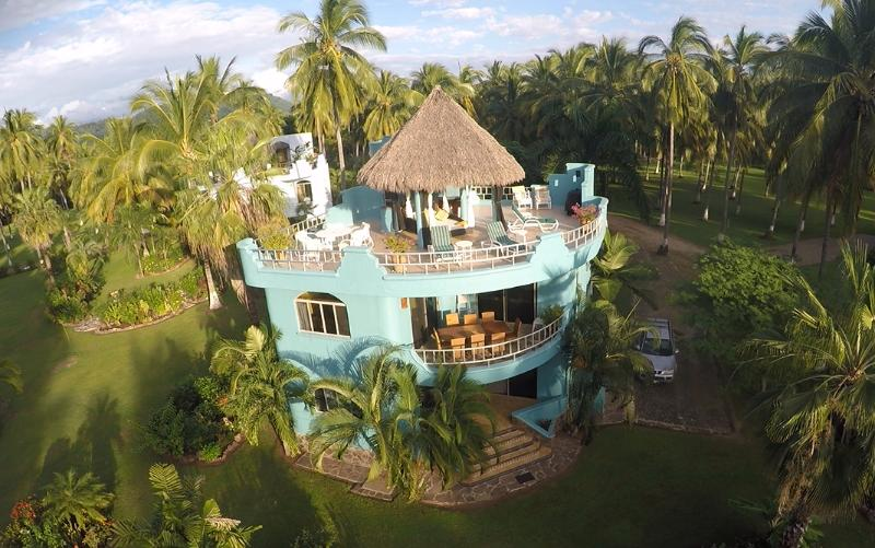 Villa Reyes - rural Mexico. Located in a Coconut plantation on a pristine 5 mile beach. PARADISE! - VILLA REYES, Platanitos, Riviera Nayarit - Platanitos - rentals