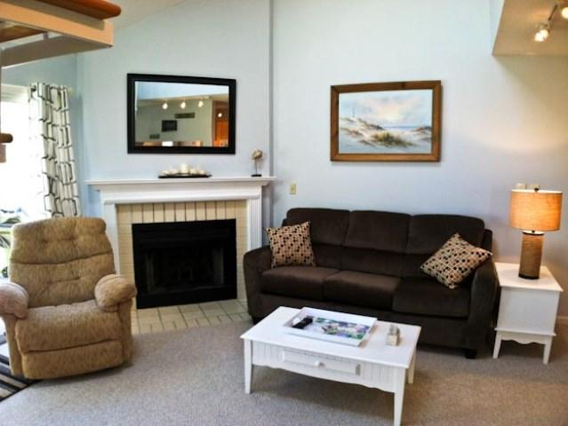 Living area - Ocean Edge, Renovated, sleeps 6 with pool passes (extra fees apply) - TR0590 - Brewster - rentals