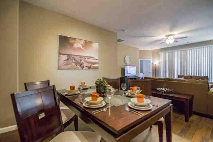 Dining Area for Six (6) - 2612 Trafalgar Village - Kissimmee - rentals