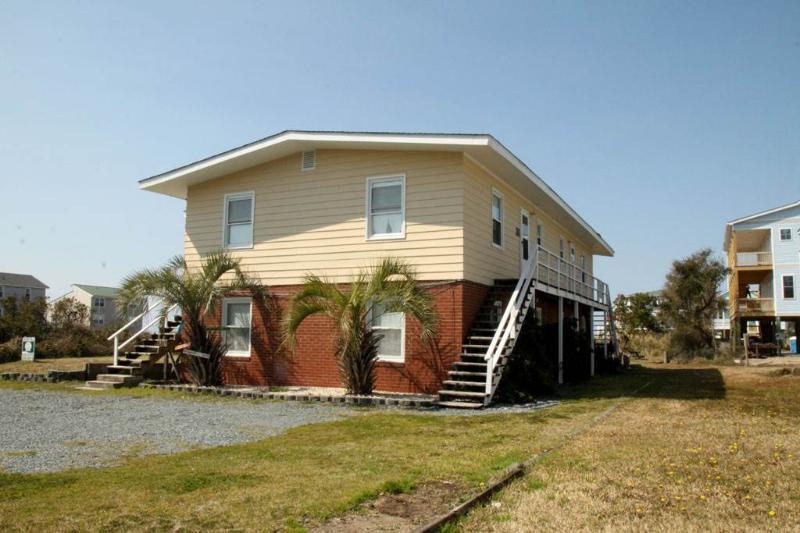The Hideaway - Image 1 - Oak Island - rentals