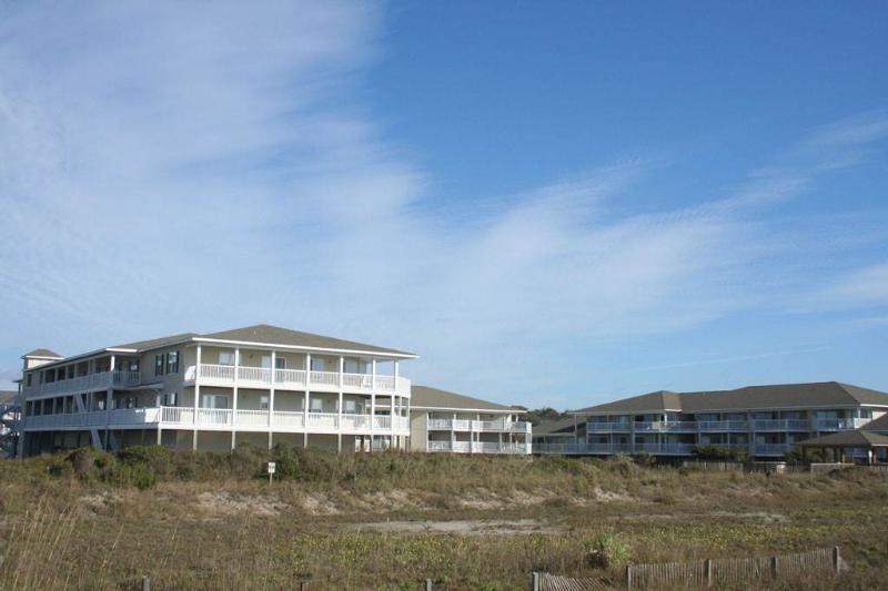 Troxler Hideaway - Image 1 - Oak Island - rentals