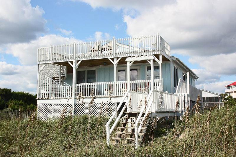 Jolly Whaler - Image 1 - Oak Island - rentals
