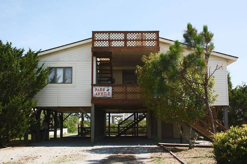 Paws Awhile - Image 1 - Oak Island - rentals