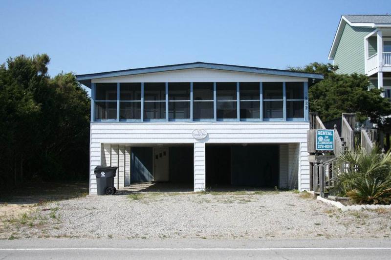 Sandy Toes - Image 1 - Oak Island - rentals