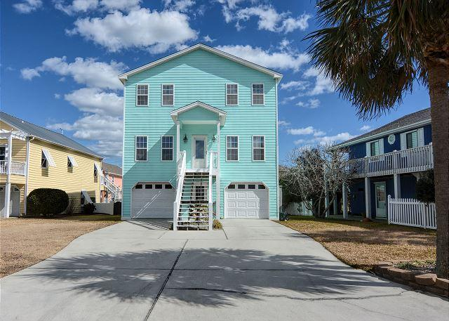 Livin' Simply - Gorgeous 4 bedroom oceanview house, sleeps 10. - Image 1 - Kure Beach - rentals