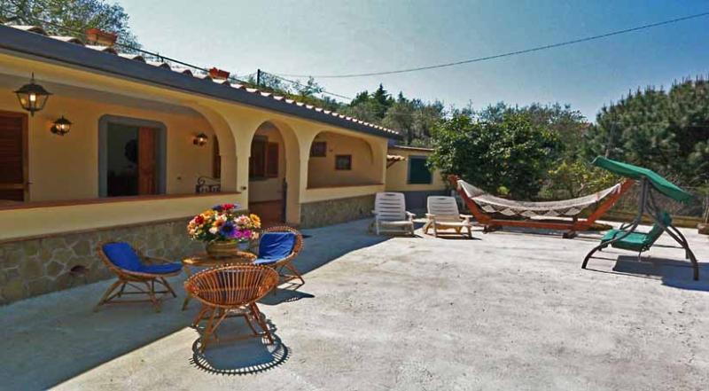 01 Villa Antolusa patio - VILLA TINA Sant'Agata - Sorrento area - Massa Lubrense - rentals
