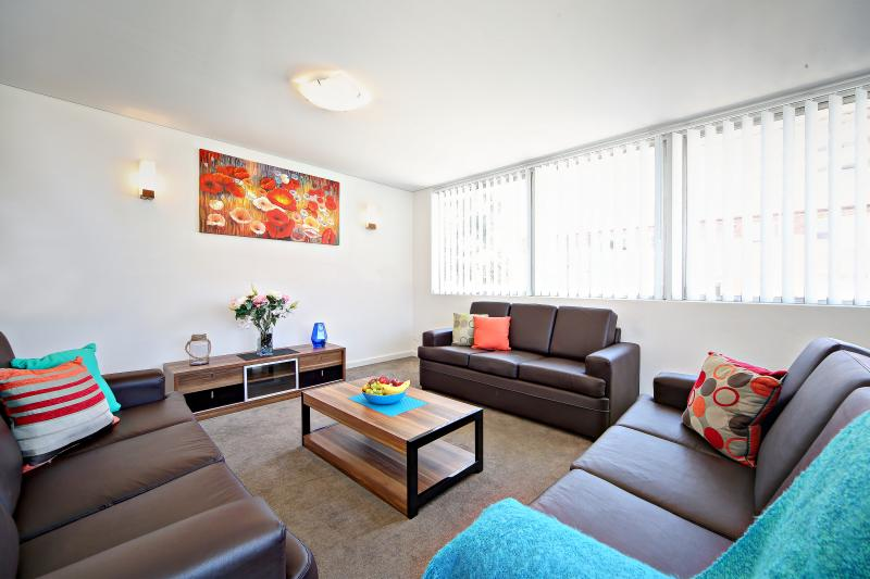 Spacious second living area with extra sofa beds - VILLA LE-SANDS SYDNEY - 10 min to CBD, Sleeps 10 - Brighton le Sands - rentals