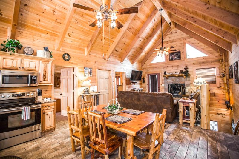 Stunning Luxury Log Home 4 BR/4Bath w/ Game Room Near Legends of Golf Tournament - Image 1 - Branson - rentals