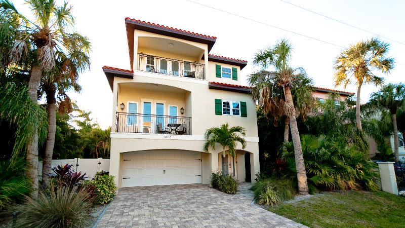 A Villa Chianti - Image 1 - Holmes Beach - rentals