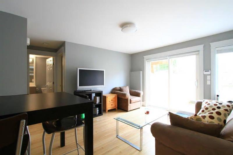 Oakridge Canada Line-BRAND NEW Q E  garden suite - Image 1 - Vancouver - rentals