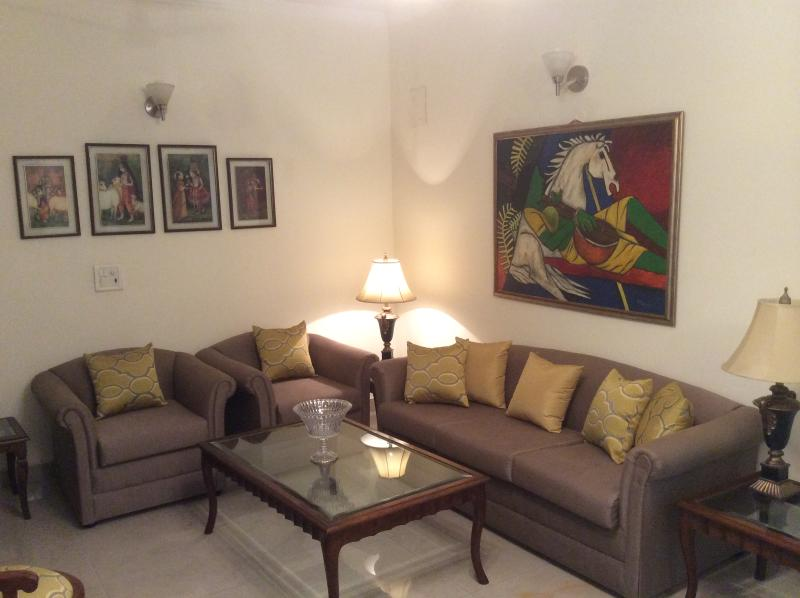 Home to Home - Image 1 - Greater Kailash - rentals