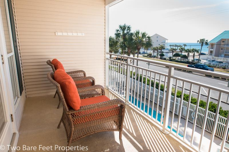 Enjoy morning coffee or evening beverage - Grand Caribbean West 310 - Great Views! - Destin - rentals