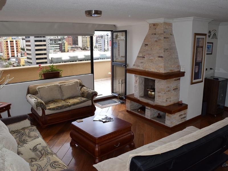 Gorgeous Penthouse, Prime Location, Huge Terrace - Image 1 - Quito - rentals