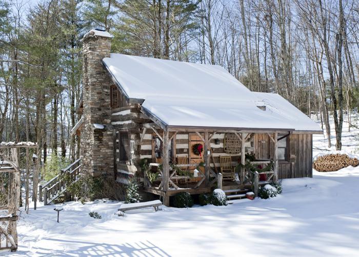 Beautiful December Snow at Little Creek - Little Creek - Antique Log Cabin-Near Boone - Fleetwood - rentals