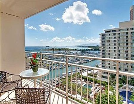 Ocean View Ilikai Condo with FREE PARKING! - Image 1 - Honolulu - rentals