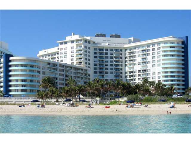 Exterior back - Beach front condo 2/2 balcony with garden view - Miami Beach - rentals
