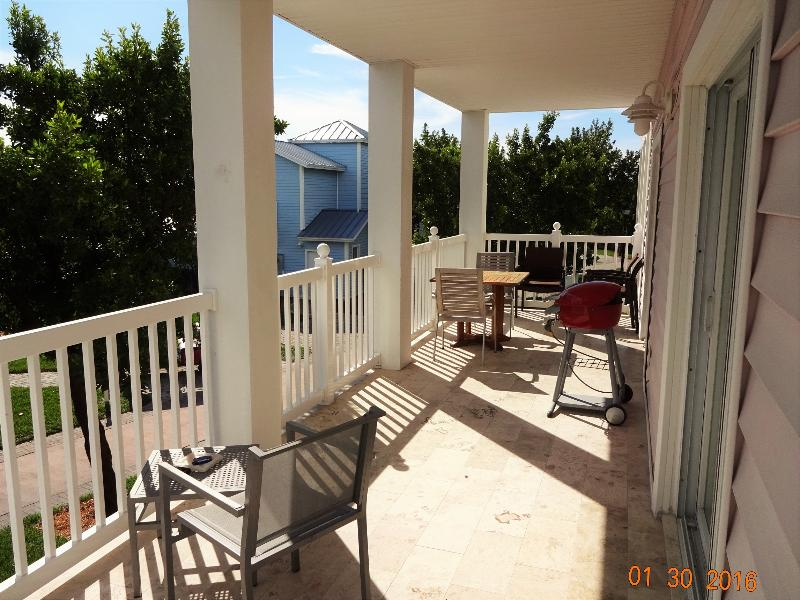 Xtra large patio area - Spacious Two Bedroom Two Bathroom, Sleeps 6 - Bimini - rentals