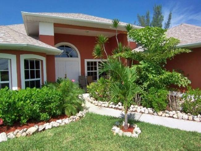 Palm Breeze - Cape Coral 3b/2ba luxury home - Image 1 - Cape Coral - rentals