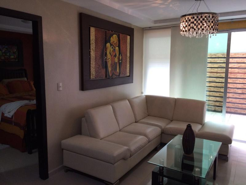 Executive 2 Bedroom Condo in Alborada Area - Image 1 - Guayaquil - rentals