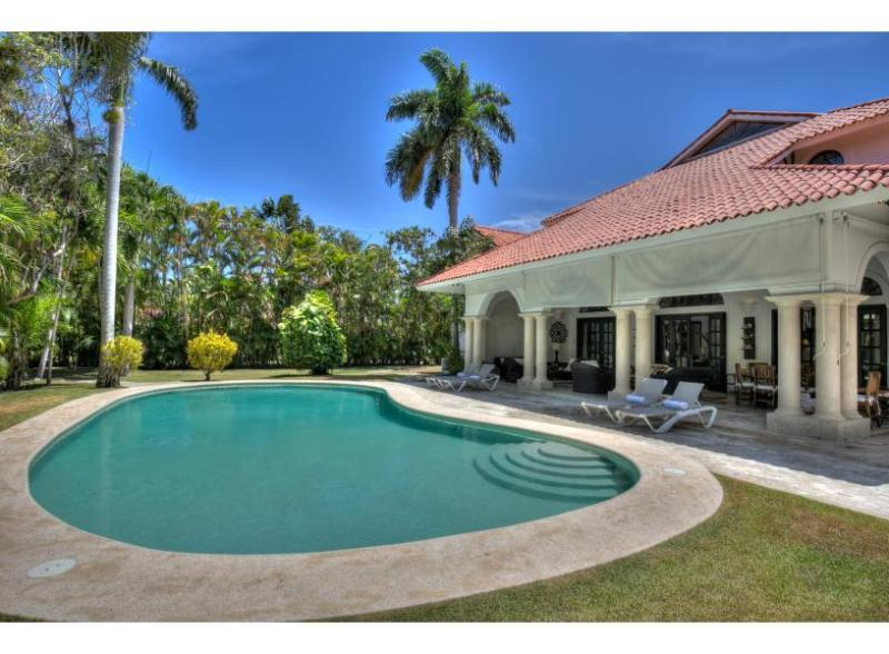 Villa Diana - Exquisite space and location - Image 1 - Sosua - rentals