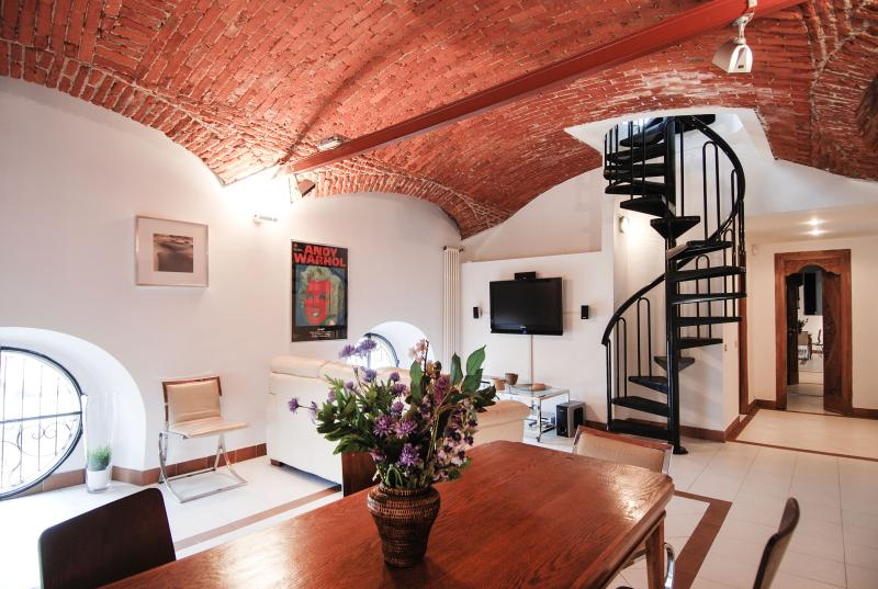 Lovely flat with design elements and terrace - Image 1 - Milan - rentals