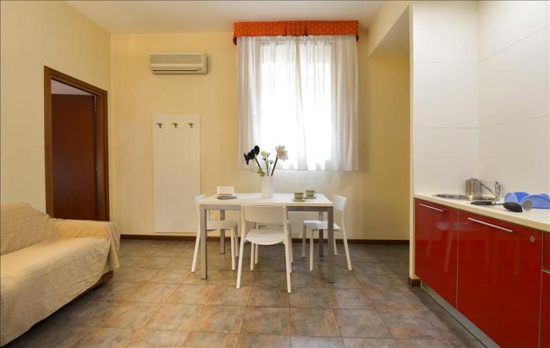 Modern 1bdr apt with parking - Image 1 - Bologna - rentals