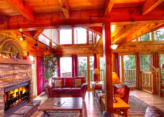 Sit down, Relax and Enjoy your Getaway! - 360* SPECTACULAR VIEWS~3 Masters~Pool~Wifi~Luxury - Gatlinburg - rentals