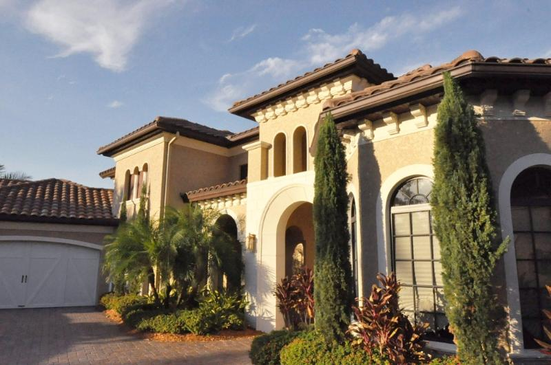 Entrance of the house - 4 BR - 5500 sq ft house in North Naples with golf - Naples - rentals