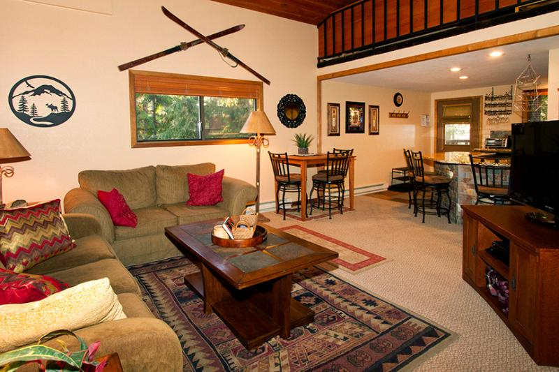 Whitefish, Montana Deluxe Cabin-Style Townhome - Image 1 - Whitefish - rentals