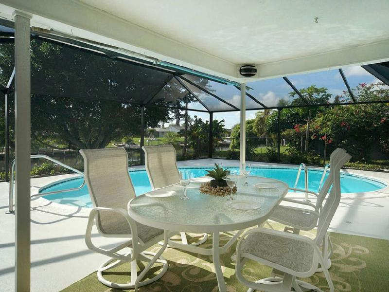 This One Has Everything! Great Location - Image 1 - Cape Coral - rentals