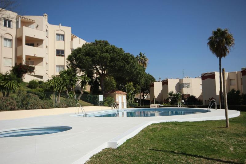 1839 - 2 bed apartment, Club Caronte, Riv del Sol - Image 1 - Sitio de Calahonda - rentals