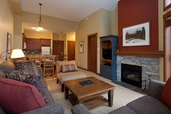 This bright, open plan condo is a pleasure to stay in!  - Whistler Horstman House 3 Bedroom Condo near Blackcomb Mountain - Whistler - rentals