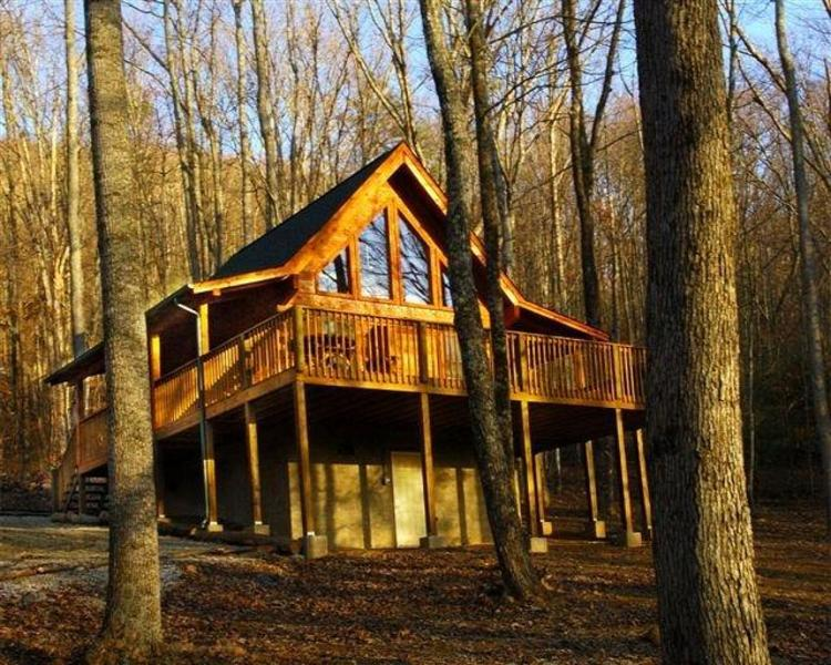 """A PEACEFUL RETREAT"" The name say's it all!   - ""November Special open dates $110.00 - Pigeon Forge - rentals"