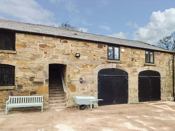THE HAYLOFT, barn conversion, private garden, woodburner, WiFi, nr Flint, Ref 926335 - Image 1 - Flint - rentals