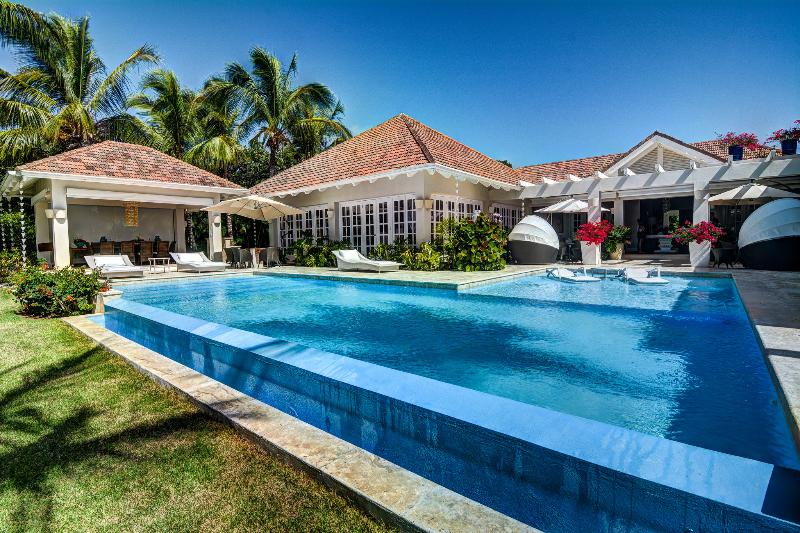 Tortuga Bay D-1 - Ideal for Couples and Families, Beautiful Pool and Beach - Image 1 - Punta Cana - rentals