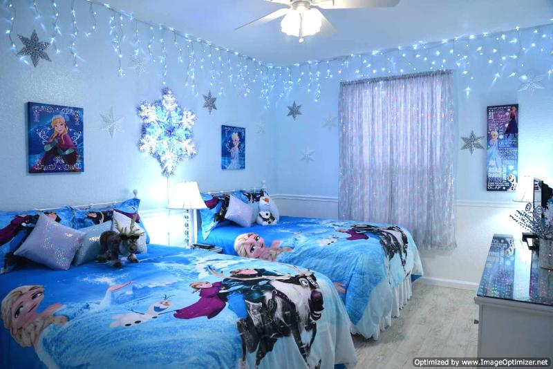 Shimmering, sparkling Frozen room with special lighting sleeps up to four. - Windsor Hills Condo 2 Miles to Disney - Sleeps 6 - Kissimmee - rentals
