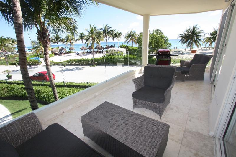Ocean View Patio with BBQ - Stunning Killer View Beachfront Retreat - Castillo - Playa del Carmen - rentals