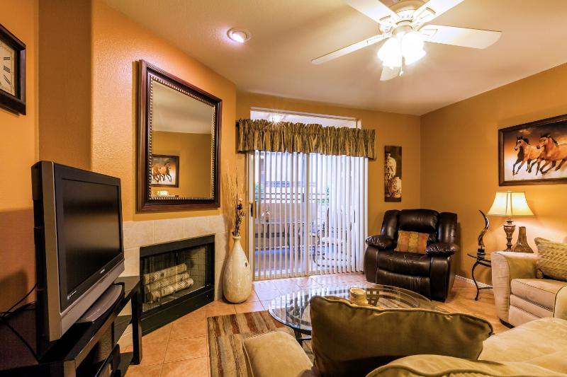 Modern and Luxurious - Pointe Resort Sienna Condo - Image 1 - Phoenix - rentals