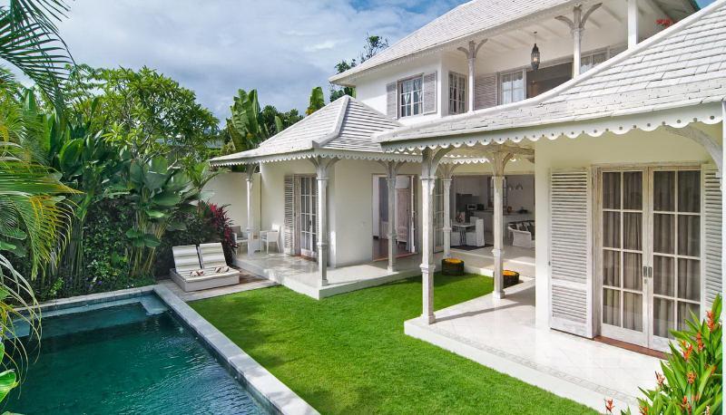 Casa Cinta 2 Luxury Colonial 3 Bedroom Villa, Seminyak - Image 1 - Seminyak - rentals