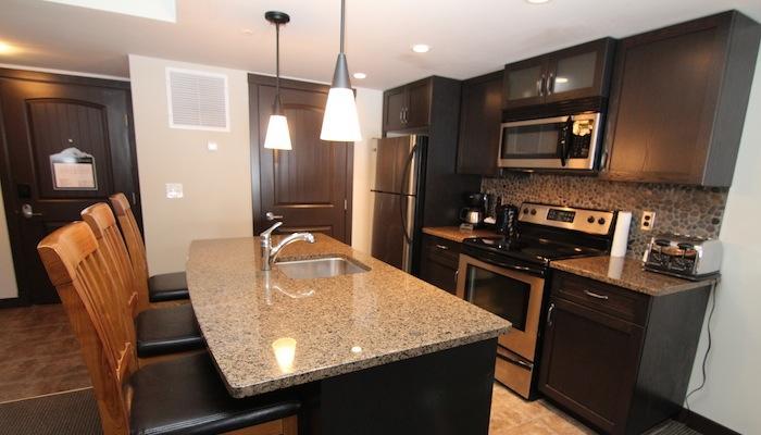 Enjoy preparing dinner in this modern condo - Canmore Copperstone Resort 1 Bedroom Condo - Dead Man's Flats - rentals