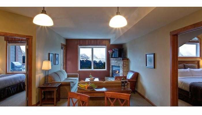 Wonderful, spacious living area - Canmore Falcon Crest Stunning 2 bedroom Condo (King & Queen) - Canmore - rentals