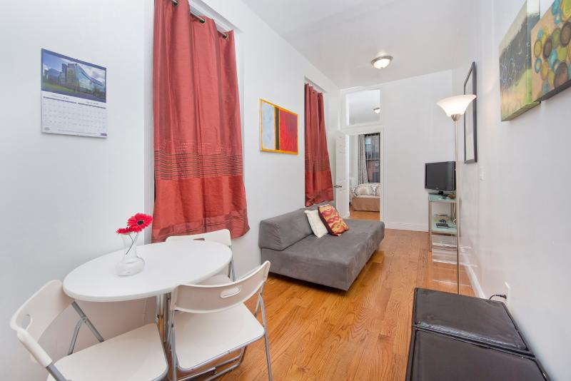 Sunny Manhattan Village apt for3-Stay like a local - Image 1 - New York City - rentals
