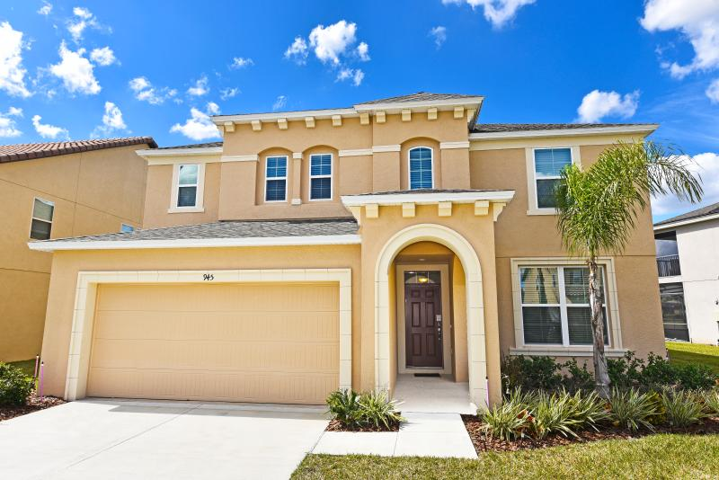 Beautiful 7Bd/6Bth Pool Hm, GmRm, Spa-Frm $185/nt - Image 1 - Orlando - rentals