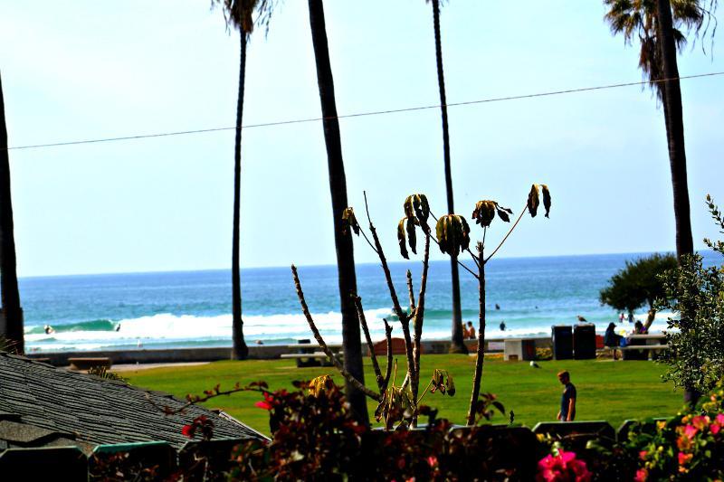 Beachcomber- LJ Shores 2 bedroom, 2 bath home. - Image 1 - La Jolla - rentals
